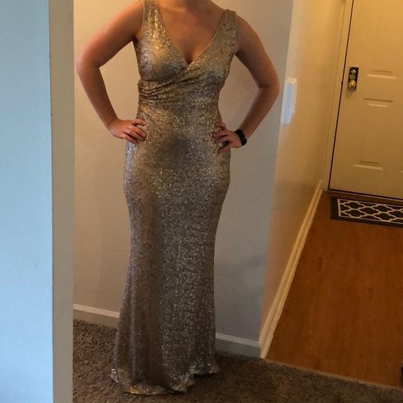 Badgley Mischka Dresses | Gold Sequin Dress Size 4 | Poshmark